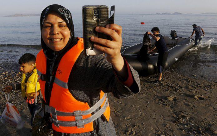 Οι Έλληνες δεν φροντίζουν τις έγκυες παράνομες μετανάστριες – Άρθρο εναντίων της Ελλάδας από τους Τούρκους