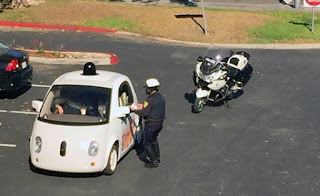 لهذا السبب أوقفت الشرطة سيارة جوجل الذكية بالأمس !