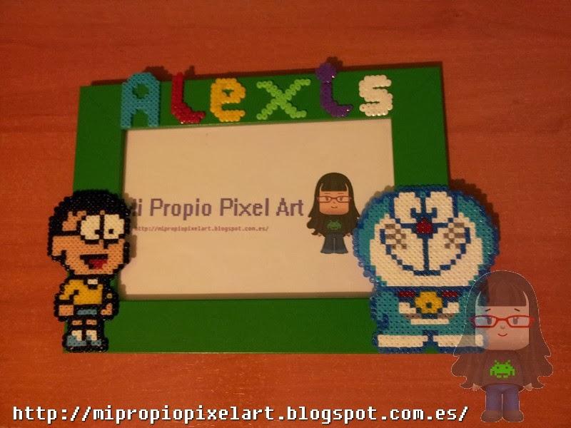 Mi Propio Pixel Art con Hama Beads: Marco de fotos Doraemon