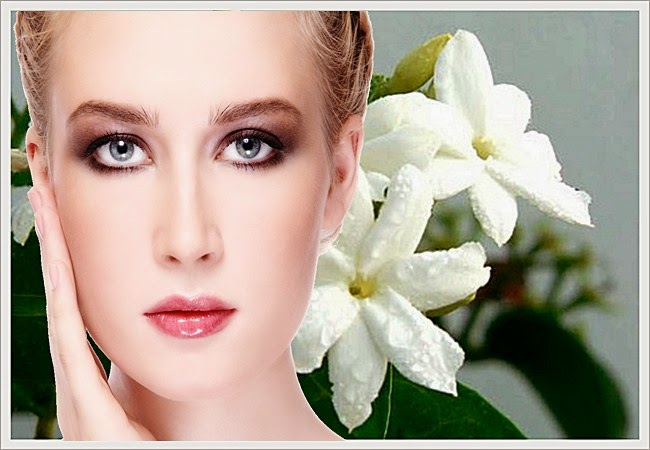 Khasiat & Manfaat Bunga Melati Untuk Kecantikan Wajah