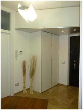 Riabitare easy chic appartamento anni 39 60 milano italy stefania castiglioni architetto - Altezza porta ingresso ...