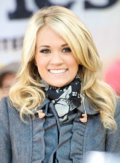 carrie underwood long wavy blonde Carrie Underwood Long Blonde Romantic Curly Hairstyles