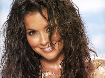 Brooke Burke Sexy Smile Wallpaper