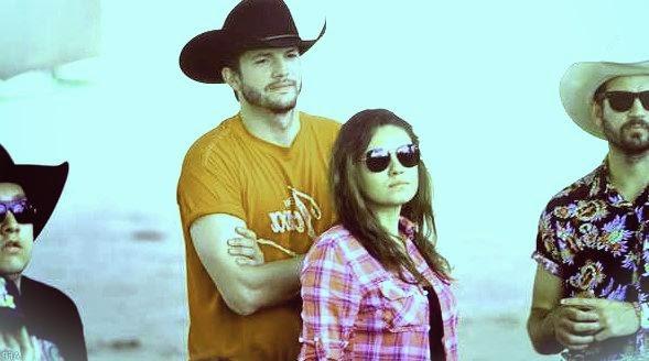 Mila Kunis and Ashton Kutcher Photos