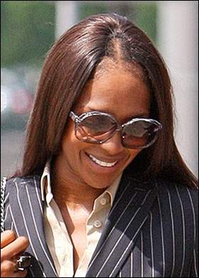 Jpeg 39kb celebs with bad weaves source http quoteimg com bad weave