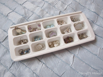 How to organise earrings Sprout's House