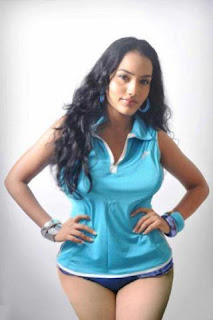 hot sri lankan actress Chathurika Peiris