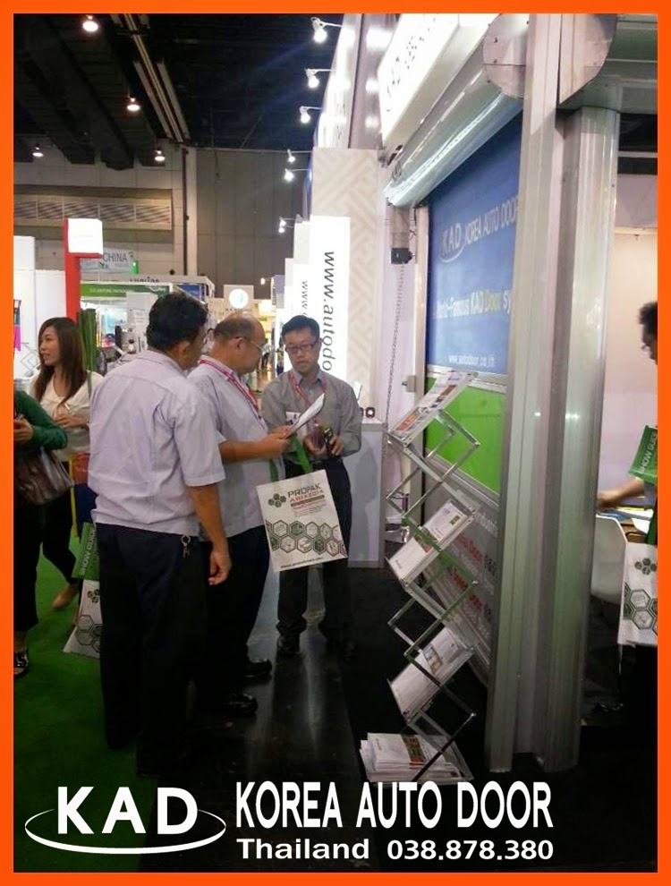 KAD high speed door has attracted a lot of peoples in exhibition