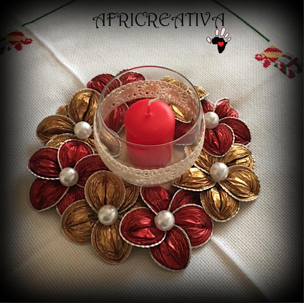 Africreativa centrotavola con fiori rosso e oro riciclo cialde del caff con tutorial - Centrotavola natalizi pinterest ...