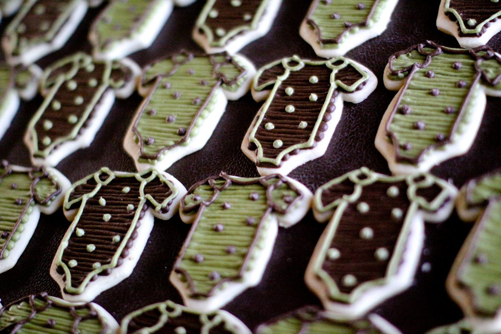 brown green baby shower jenny cookies
