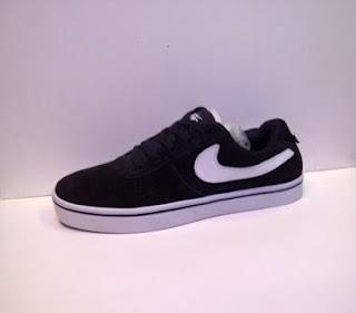 Nike Skate Hitam Murah