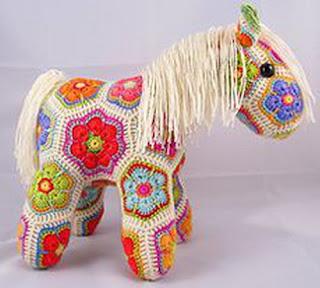 Вязаные игрушки. Лошадь крючком