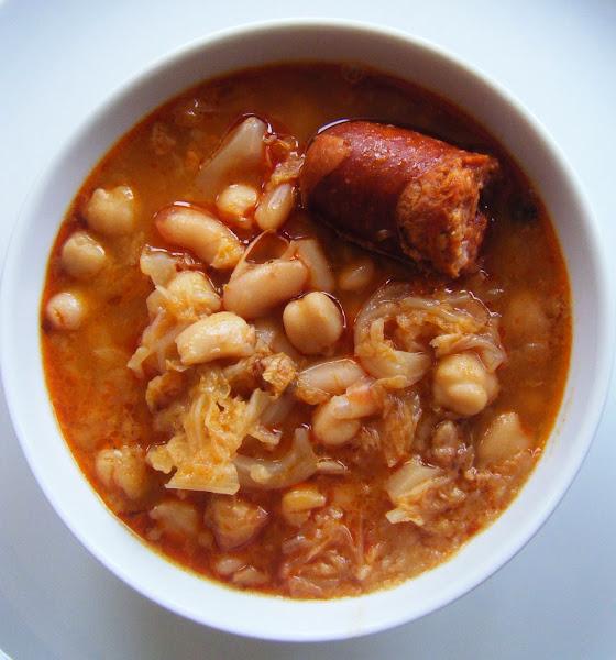 Potaje de garbanzos con chorizo y morcilla cocinar en for Cocinar garbanzos con chorizo