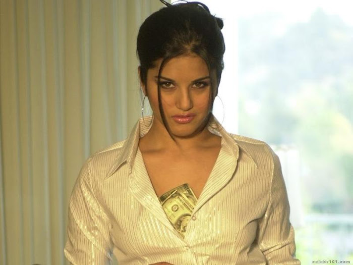 sunny leone - star in pion moodcalling you glamour  images