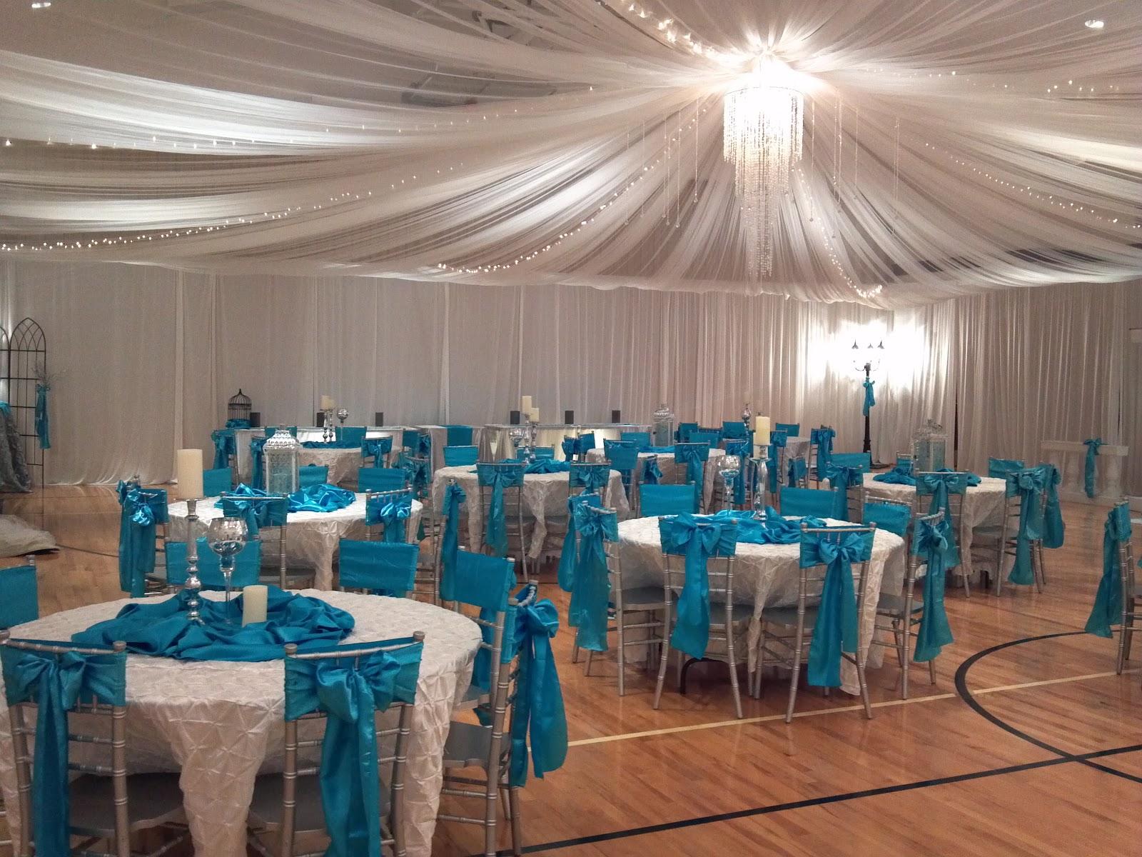 Uweddings Crystal And Turquoise Wedding