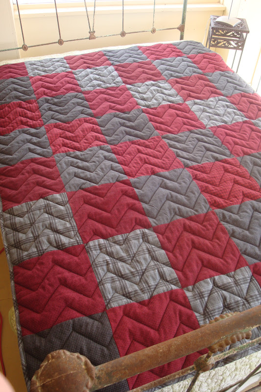 Quilt Patterns For A Man : THE QUILT BARN: Father s Day Snuggle Up Quilt Tutorial - Masculine Quilt Pattern