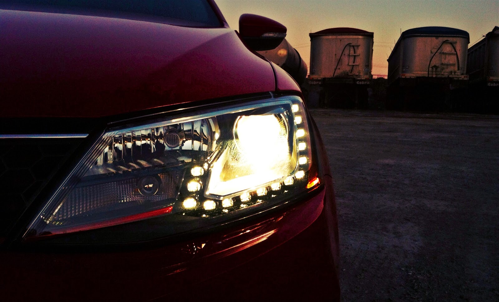 2014 Volkswagen Jetta GLI headlight LED