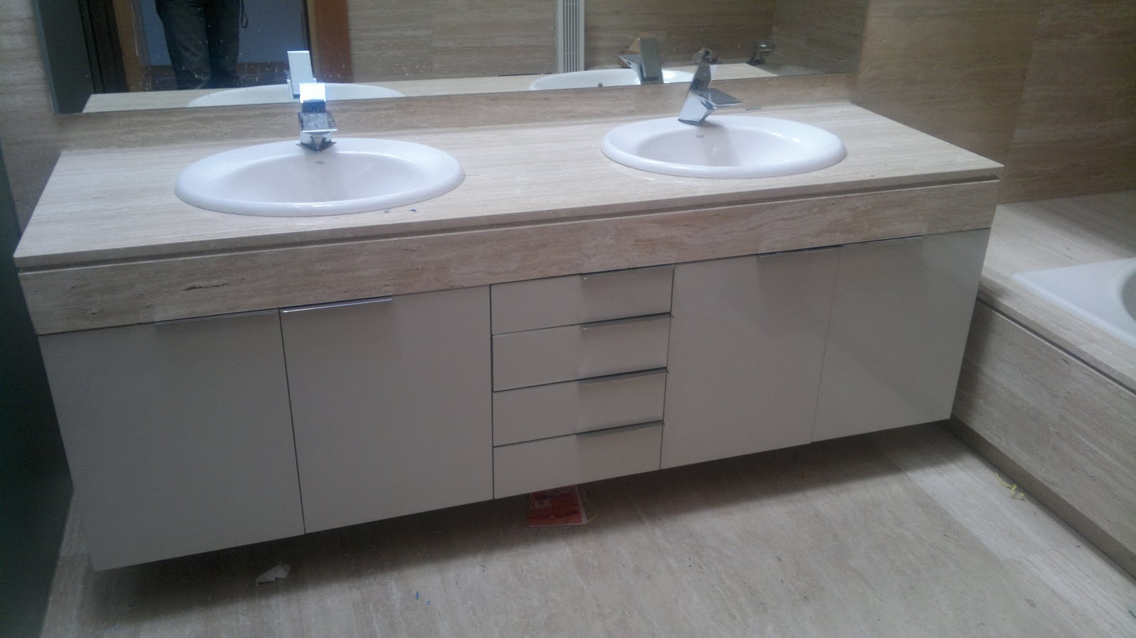 Muebles bao obra cambiar azulejos bao sin hacer obraen - Cambiar encimera cocina sin obras ...