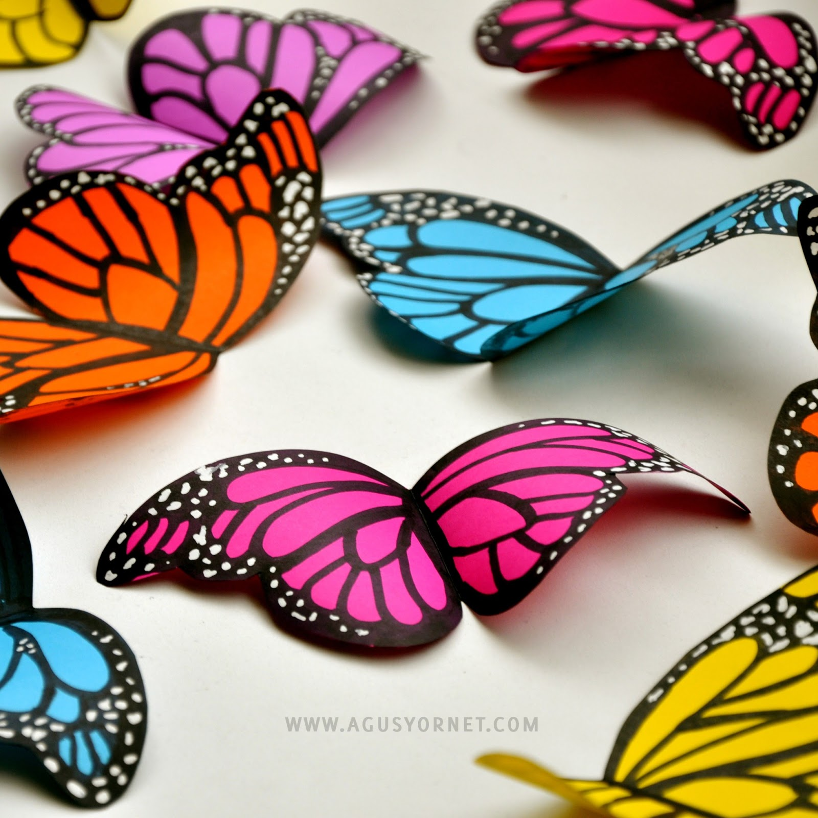 Diy paper butterflies agus yornet blog - Mariposas para pared ...
