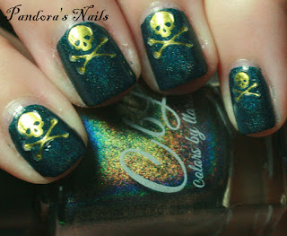 Gold Skull and Crossbones Nails by beccareynolds_