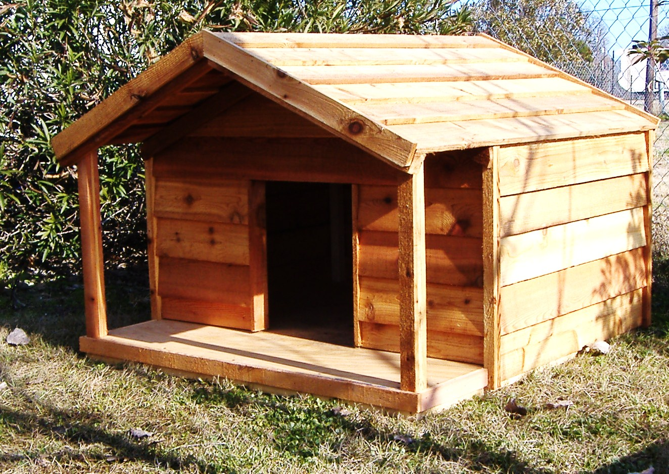 Custom Ac Heated Insulated Dog House Custom Cedar Dog House With