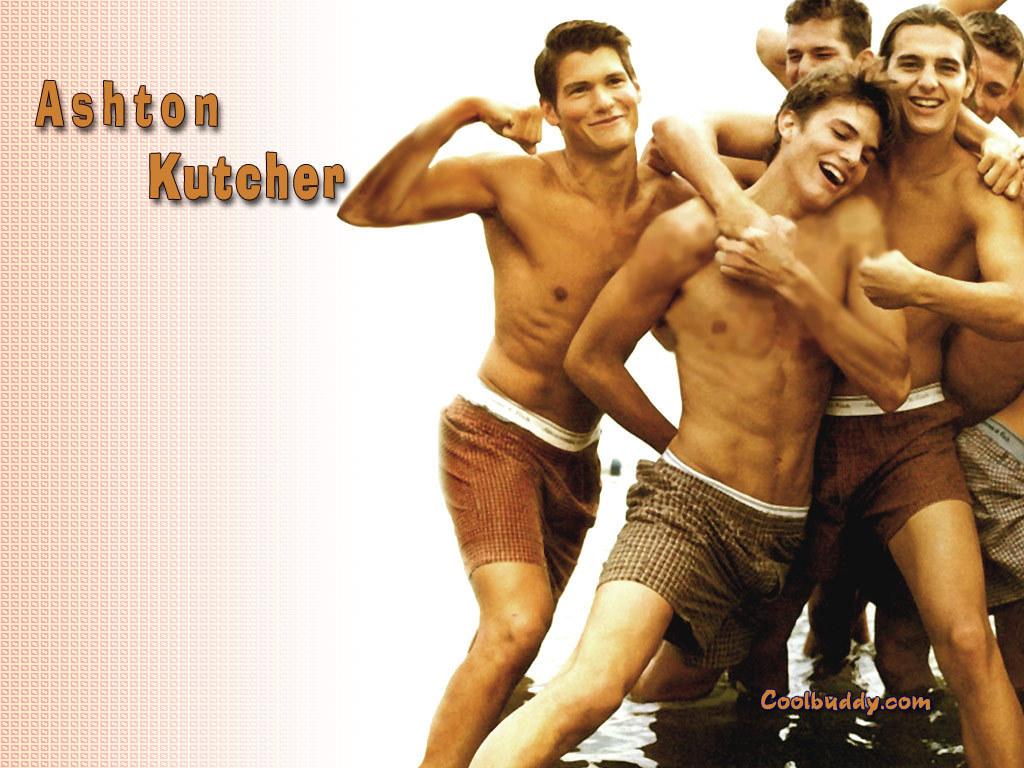http://1.bp.blogspot.com/-0AjjDvRONEI/TqHhYfGA61I/AAAAAAAADVM/q-AwfGcoQ84/s1600/Ashton_Kutcher_2.jpg