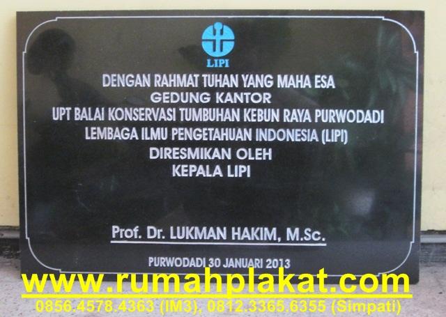 Pengrajin Prasasti Surabaya, Harga Prasasti Peresmian Gedung Kantor, Jenis Prasasti Murah, 0812.3365.6355, www.rumahplakat.com