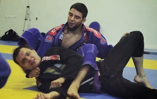 Practicando la Bow and Arrow Choke en Brazilian Jiu Jitsu Terrassa
