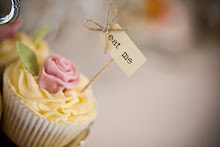 Fancy learning how to decorate beautiful cupcakes?