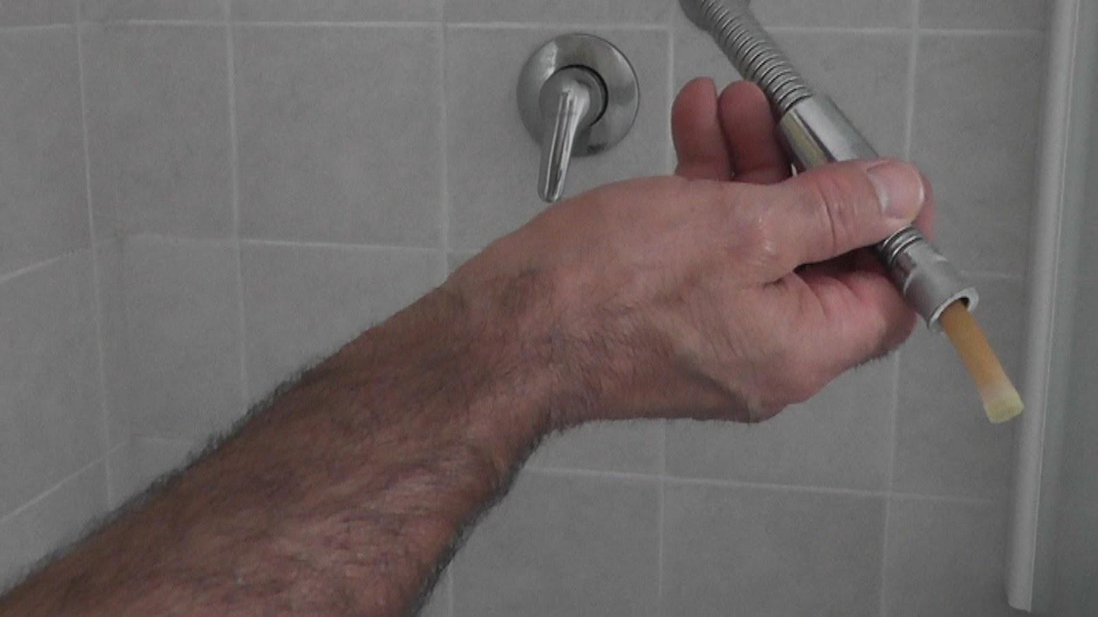Fai da te con l 39 esperto tuttofare tubo flessibile for Doccia tubo di rame