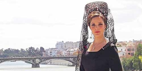 maquillaje dama de mantilla Alicante 2015