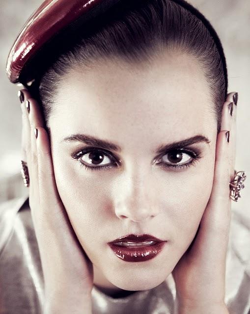 emma watson vogue 2011. VOGUE US July 2011 Emma Watson