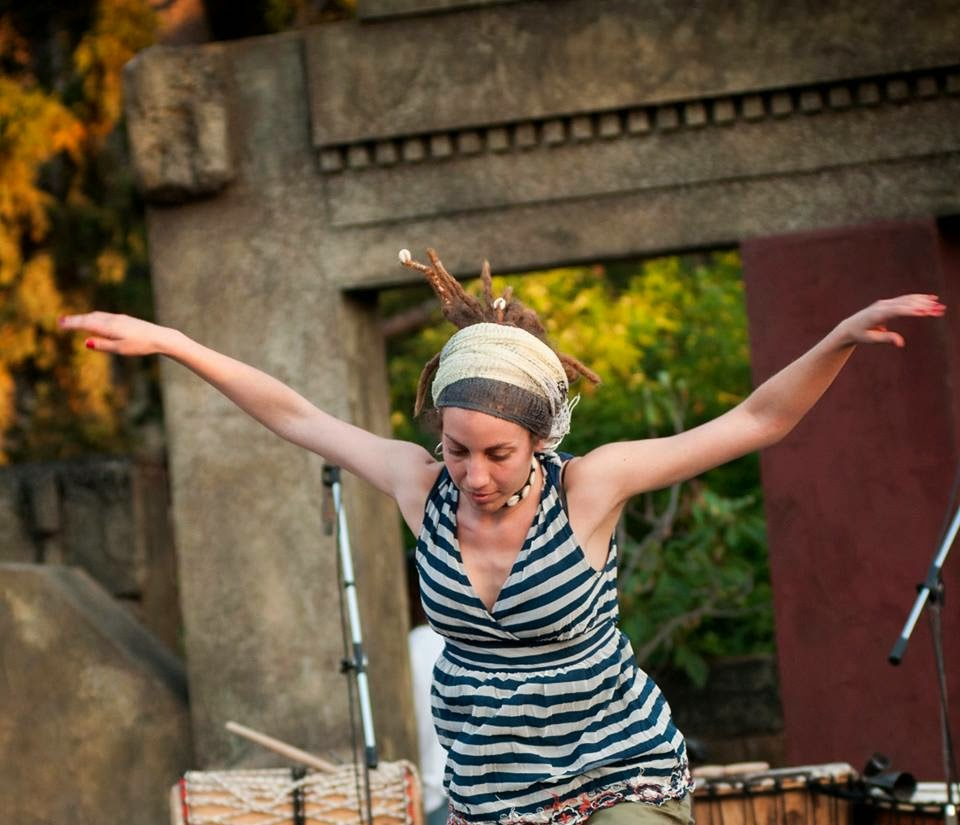 afrikanikoi-rythmoi-kai-xoros-sto-litrivi-porou-african-rhythms-and-dance-at-litrivi-poros