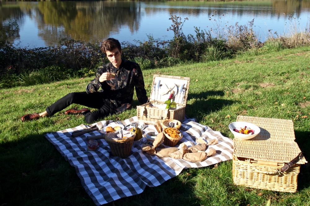 BLOG-MODE-HOMME_Voyage-weekend-france-amoureux-chateau-luxe-5-etoiles-domaines-des-etangs-dries-van-noten-bluecar-campagne-confidentiel - 2