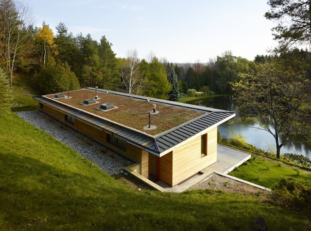 +HOUSE by Superkül Architects, one of the sustainable house Ontario, Canada Lake modernist luxurious Ontario, Canada.