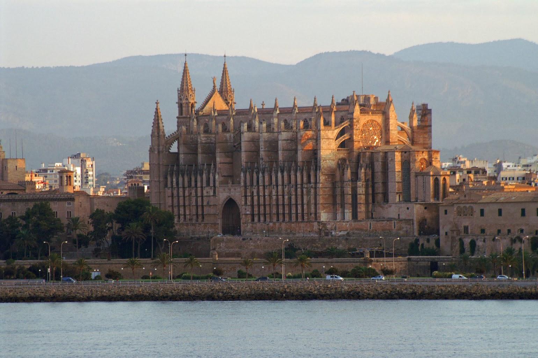 Catedral de palma de mallorca arquitectura asombrosa - Casa del mar palma de mallorca ...