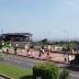 Ciclista urbano provoca accidente masivo en la Giro de Italia [video]