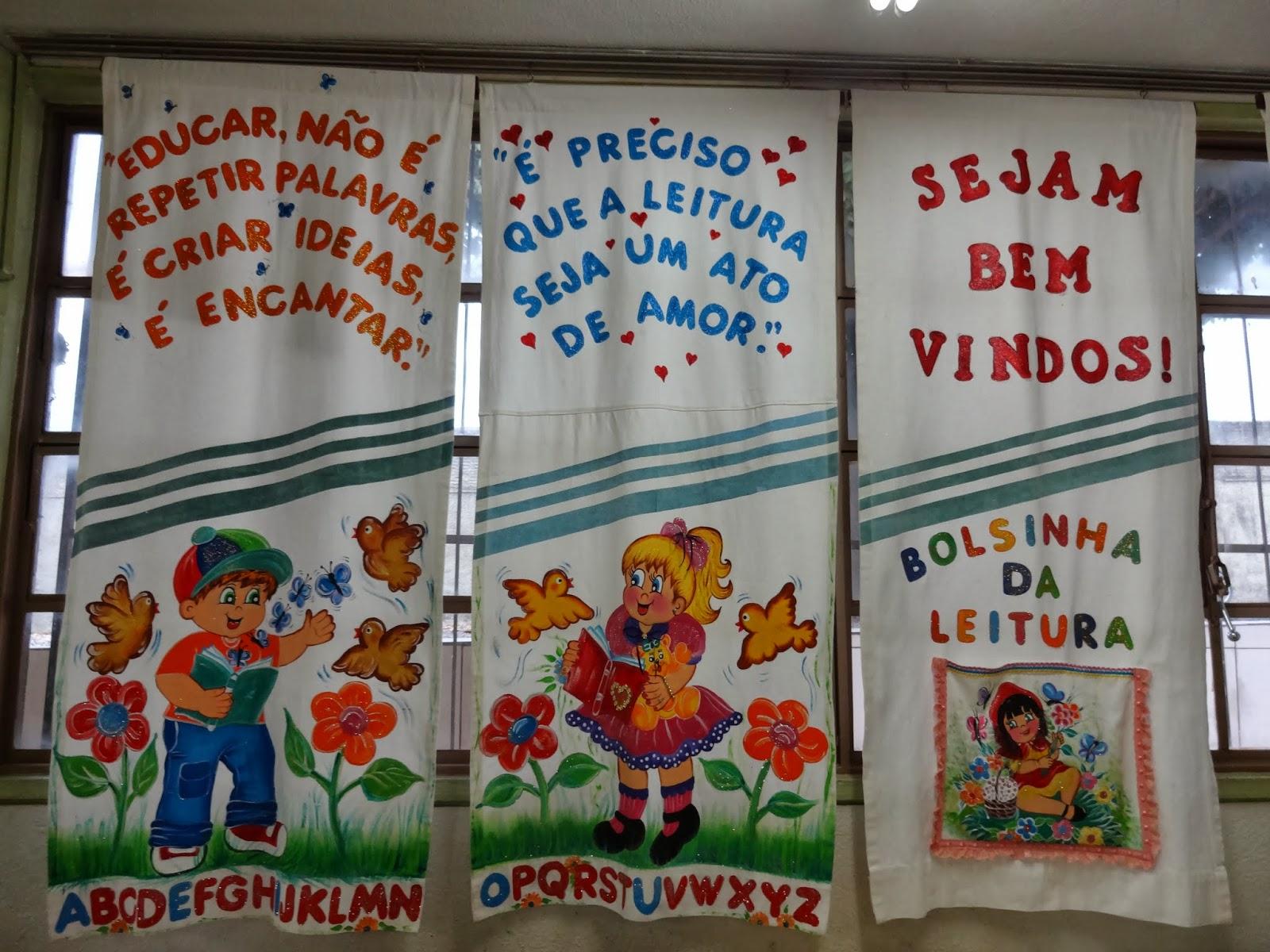 decoracao sala de leitura na escola:Cria es em E V A Modelo de Cantinho de Leitura para Sala de Aula