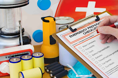 Emergency Kit- What to Do Before an Earthquake Strikes