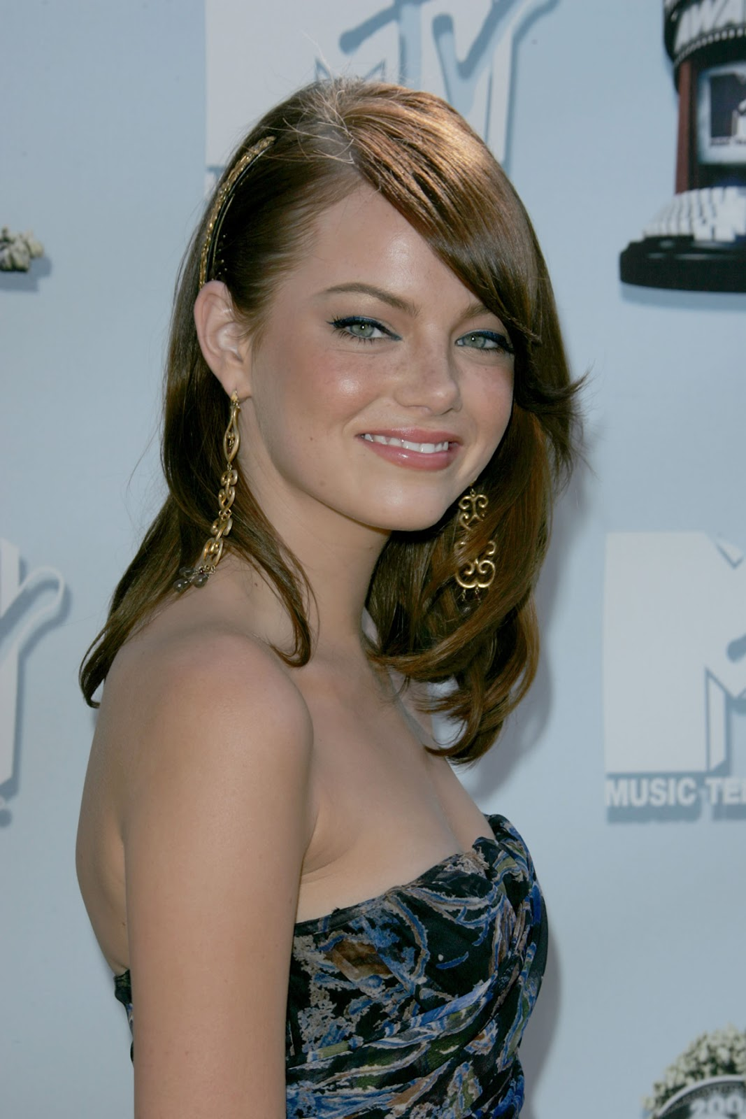 Emma Stone Belly Button Emma stone - bio - pictures