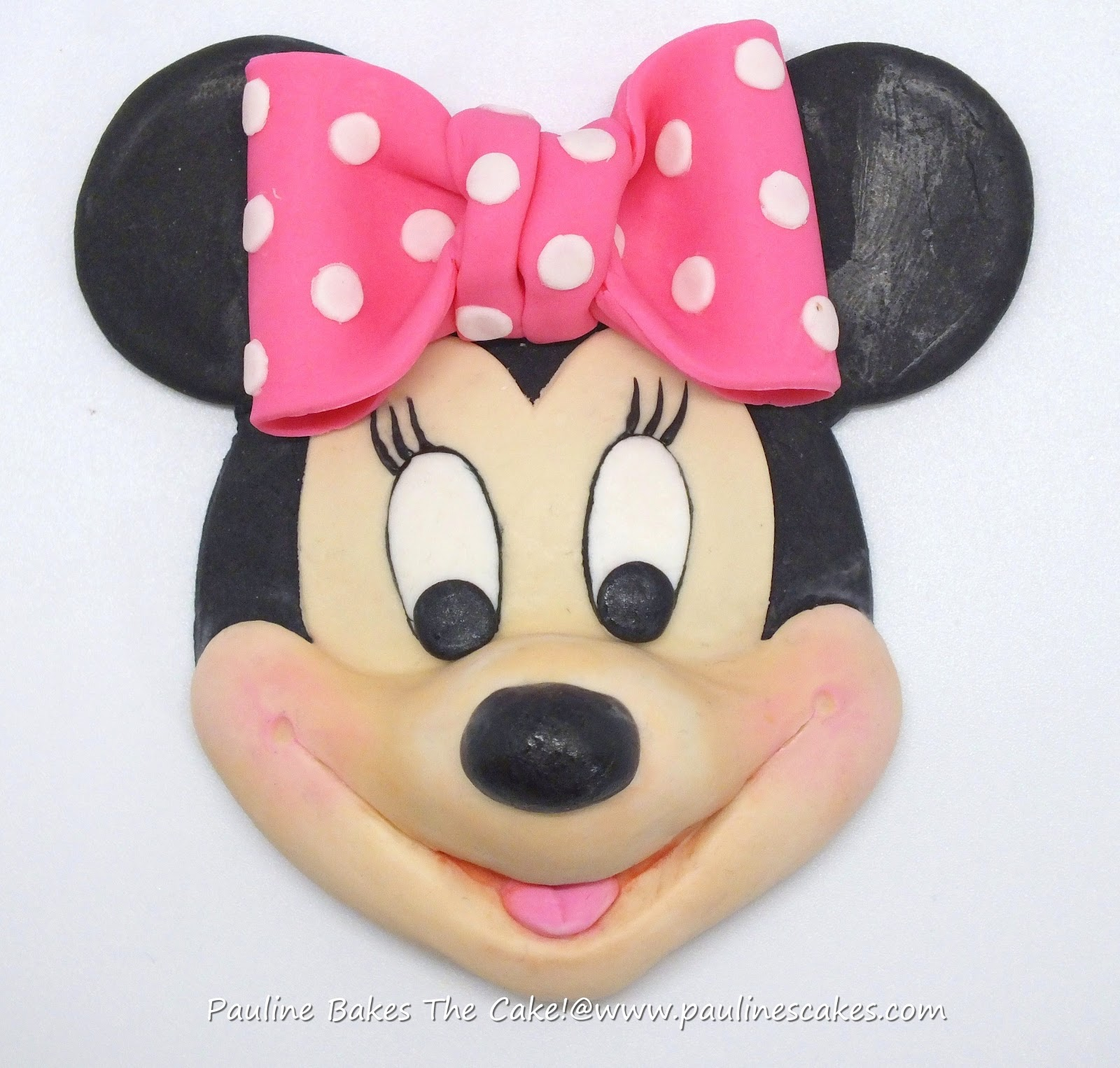 "PAULINE BAKES THE CAKE!: ""Blushing In Pink"" Minnie Mouse Face"