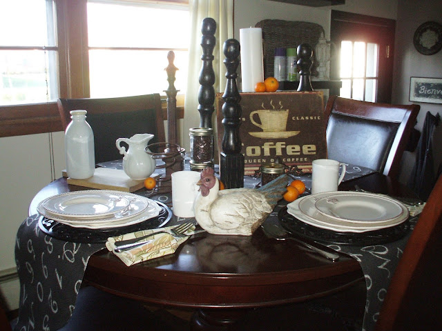 Breakfast Tablescape using Black and White as a color scheme.