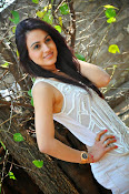 Aksha pardasany glamorous photos-thumbnail-1