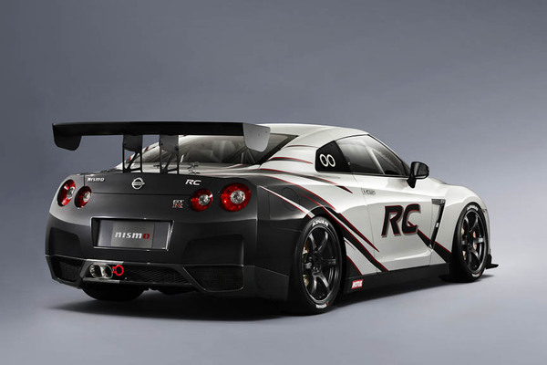 New Nissan GT R RC  the GT3  it is   Garage Car