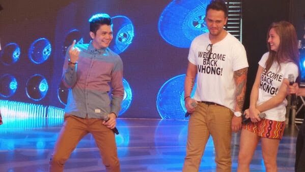 Vhong Navarro Take it to the head dance in showtime