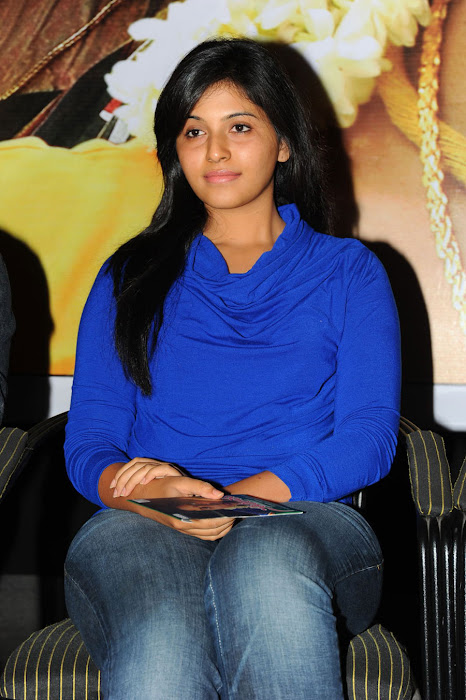 anjali beautiful looking glamour  images