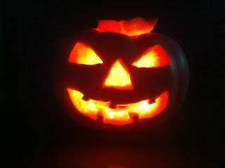 LA ZUCCA JACK-O -LANTERN - L origine di Jack-o-lantern nasce in Irlanda bb9c71069b47