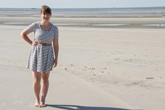 A Simple Stripey Summer Skirt