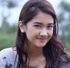 Biodata Nadia Arina Pemain Kampung Akik SCTV