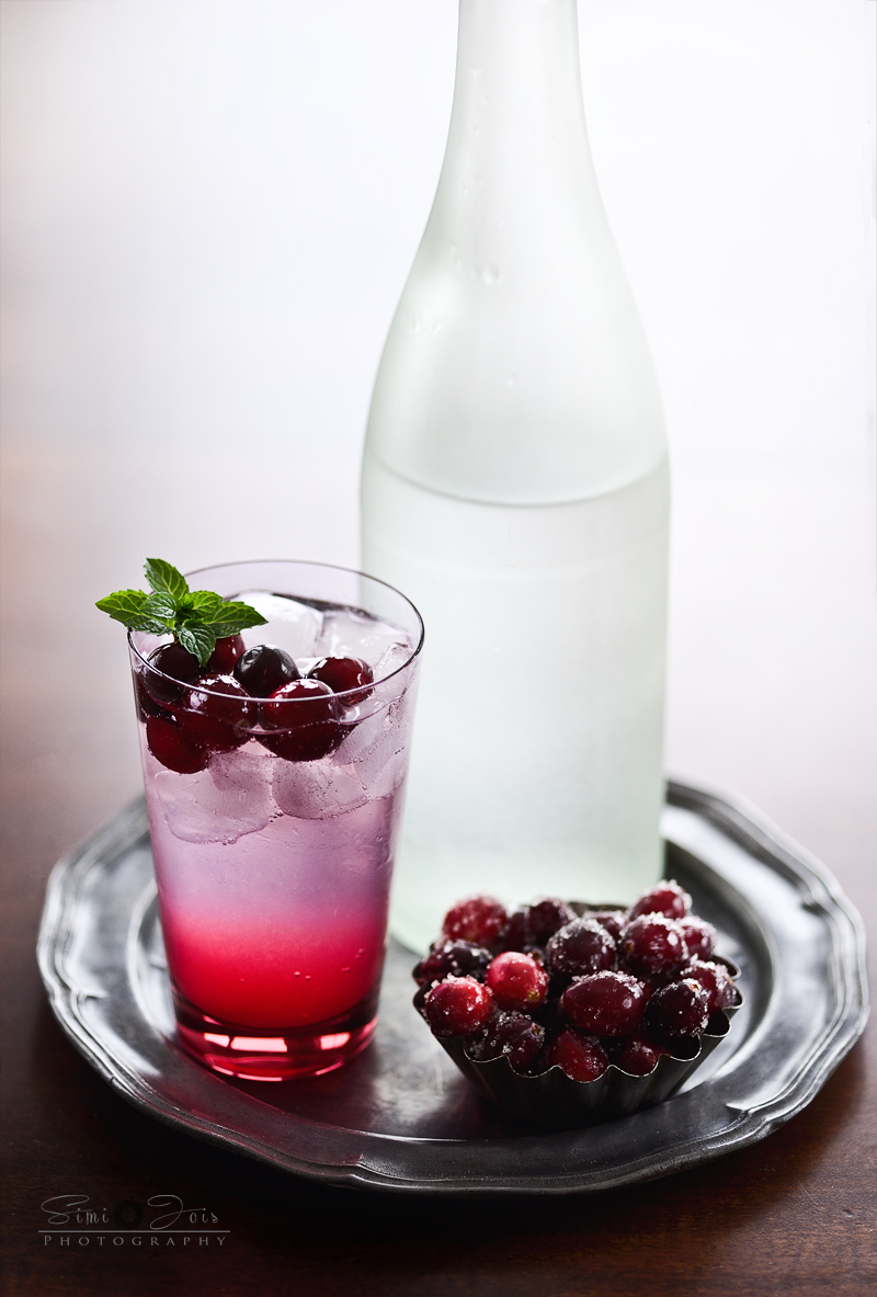 holiday cocktail, perfect gin n tonic, cocktail, cranberry lemonade,